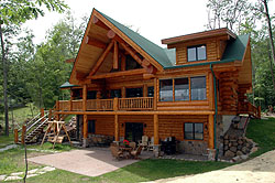 Hayward WI Log Vacation Home Rental